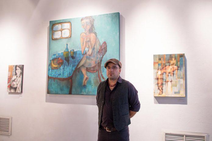 Jorge Durón en la inauguración de su exhibición